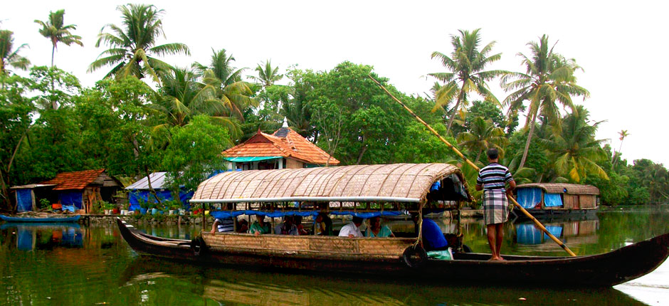 Alleppey tourism alleppey houseboats alappuzha beach for Travel planners kerala reviews